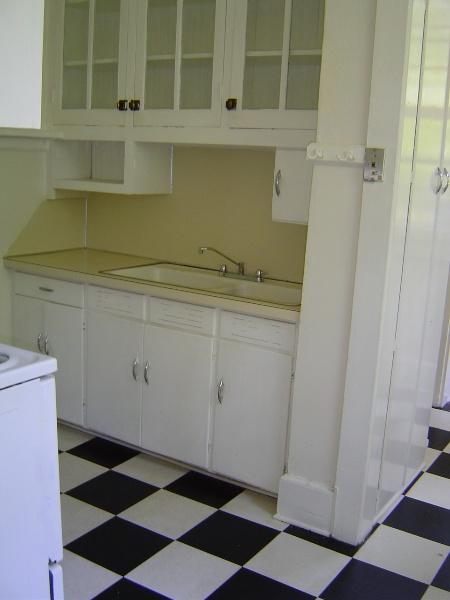 Glenburnie #1 kitchen