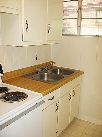 Original 1 Bedroom - kitchen