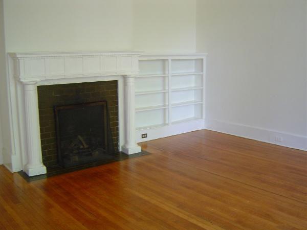 Glenburnie #1 living room from foyer