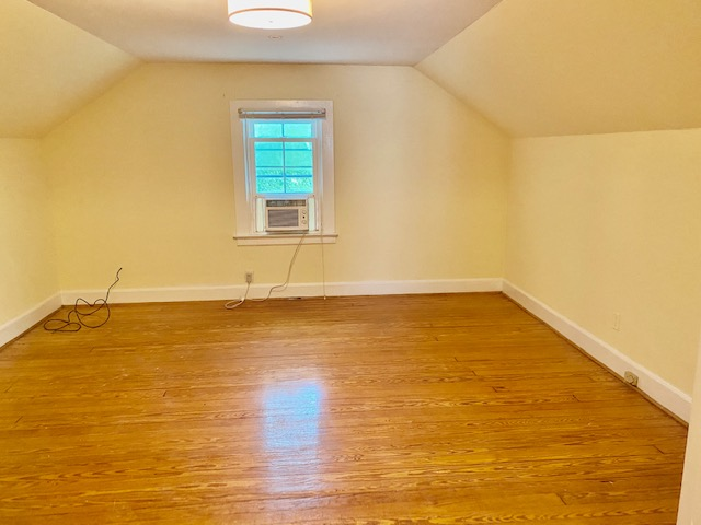 Large upstairs bedroom