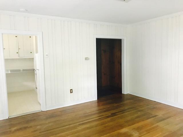 207-A Living room